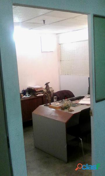 Alquilo cubiculos todos los servicios centro de caracas