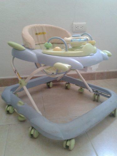 Andadera, sillas y articulos de bebe nuevo y usado