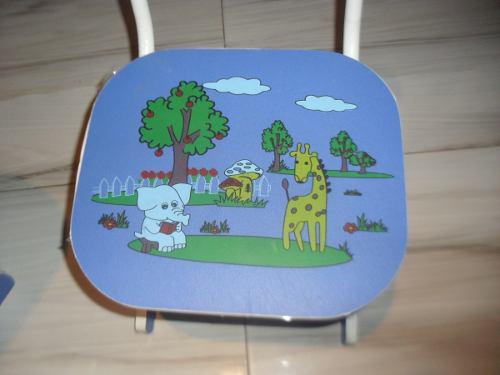 Mesa o escritorio bebe, fórmica. no usado