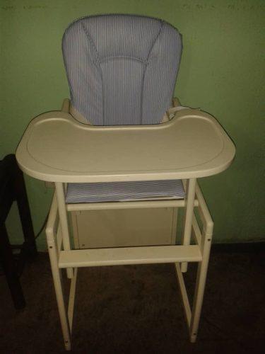 Silla convertible 2 en 1 de madera para bebé