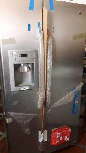 Nevera general electric con dispensador agua hielo