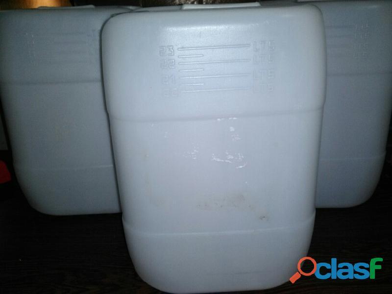 Bidones de 20 y 23 litros