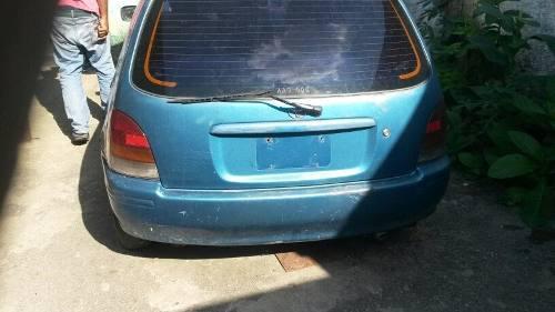 Toyota starlet 98 repuestos varios puertas stop