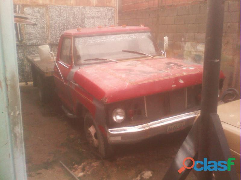 Vendo 350 ford para repuestos o restaurar