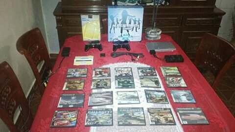 Playstation 2 en percfectas condiciones con muchos accesorio