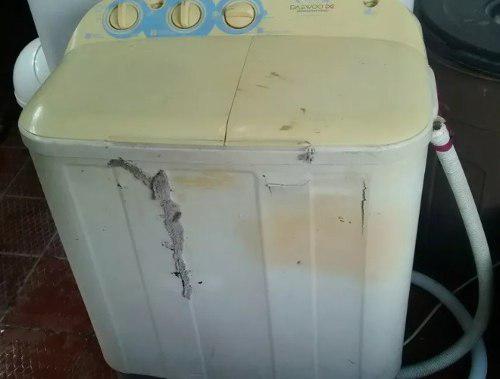 Lavadora daewoo 5.5 kilos para repuesto solo carcasa mala
