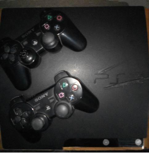 Playstation 3 slim 120gb barato 2 controles 2 juegos f
