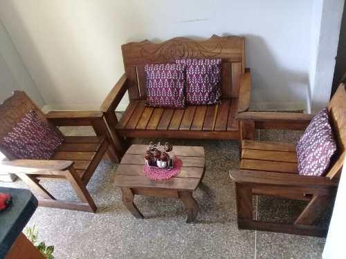Muebles de madera (saman) usados