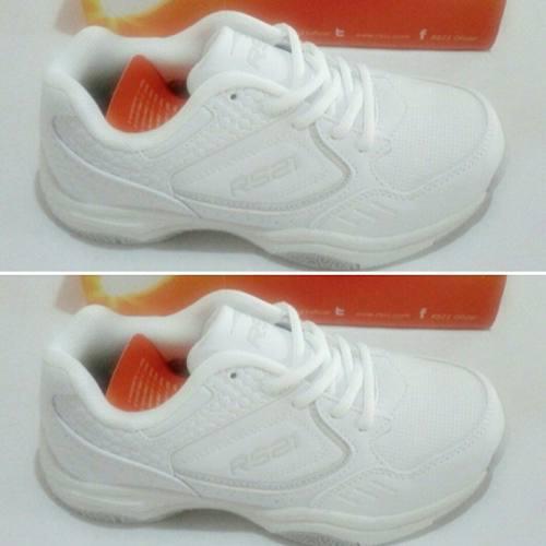En Oferta! Zapatos Deportivos Rs21 Escolares