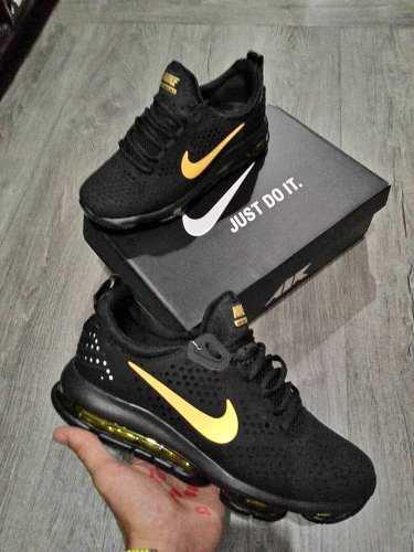 Zapatos nike air max tavas negro y dorados