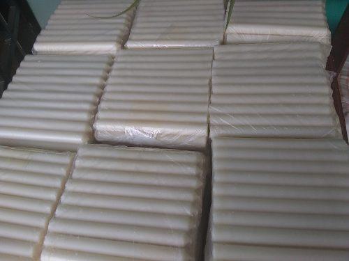 Velas blancas livianas y pesadas