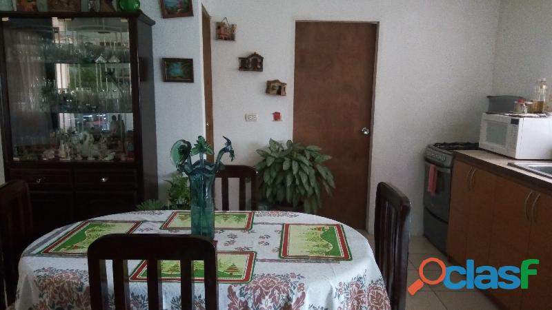 Se vende cómoda y céntrica casa en la guadalupe, km. 16, panamericana