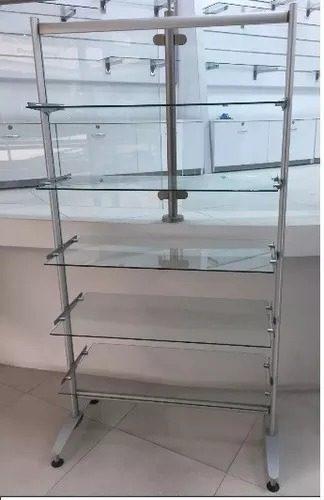 Estante o mostrador en vidrio con base en hierro