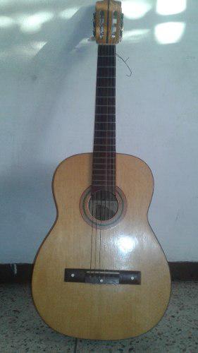 Guitarra clasica zepeda con forro
