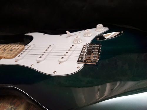 Guitarra electrica marca d'andre