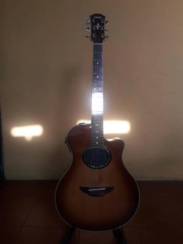 Guitarra electro acústica yamaha aox700