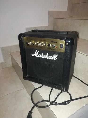 Planta de guitarra eléctrica marshall mg 10 cd