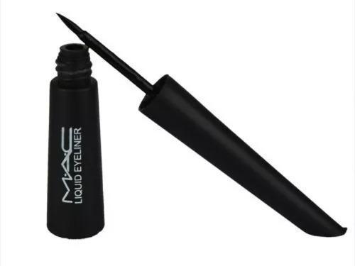 Delineador liquido negro mac.a prueba de agua