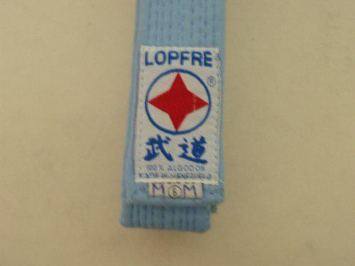 Cinturon de taekwondo azul celeste marca lopfre.