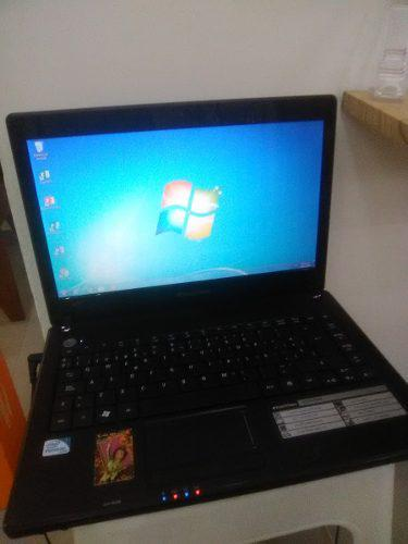Laptop 2gb ram casi nueva con cargador somos tienda