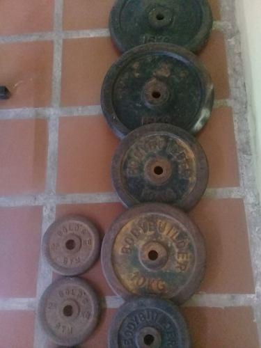 Banco de pesas con accesorios