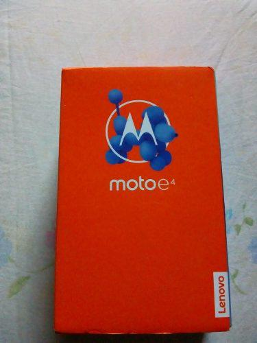 Motorola moto e4 incluye su estuche a prueba de golpes