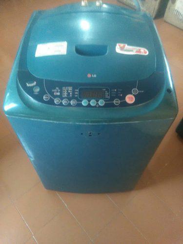 Lavadora lg fuzzi logic de 10.5 kg usada
