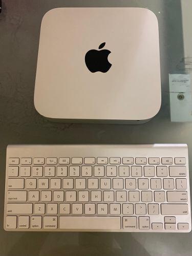 Mac mini i5 8gb 2.5 ghz ram 256 gb ssd + teclado original