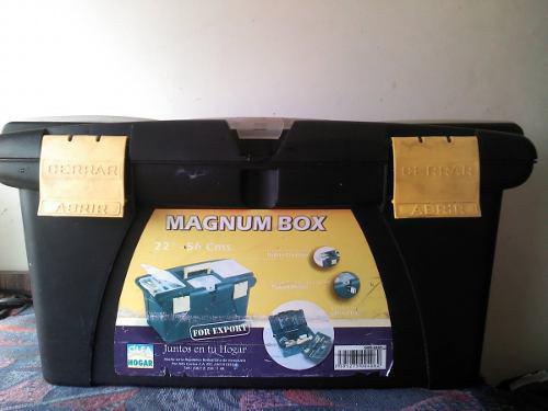 Caja de herramientas magnum box 22 pulgadas alfa hogar
