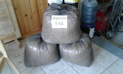 Aserrín o viruta d madera d pino (bolsas de 15kg o menores)