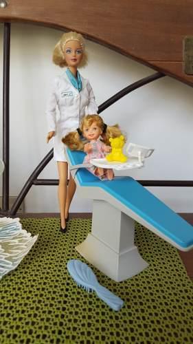 Barbie odontólogo con su silla y kelly original mattel