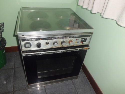 Cocina electrica 4 hornillas para empotrar usada,220 v.