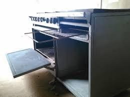 Cocina industrial de 6 hornillas