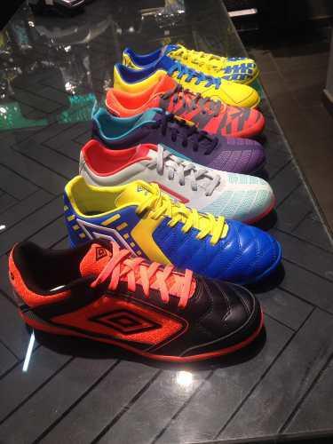 Zapatos futbol sala semitacos umbro exclusivos talla 41 a 45