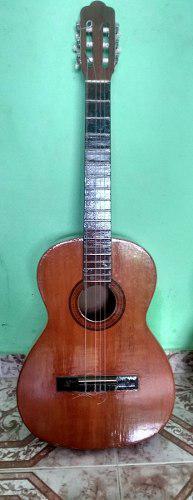 Guitarra tatay sin cuerdas 150 vrds