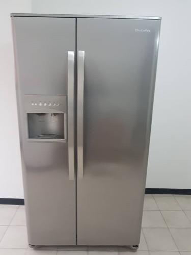 Nevera electrolux dos puertas dispensador agua y hielo
