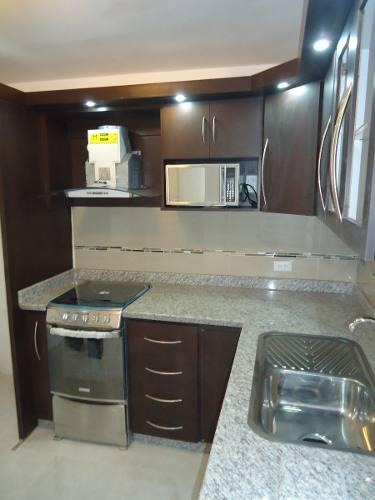 Carpinteria en general reparaciones, cocinas, closet y mas