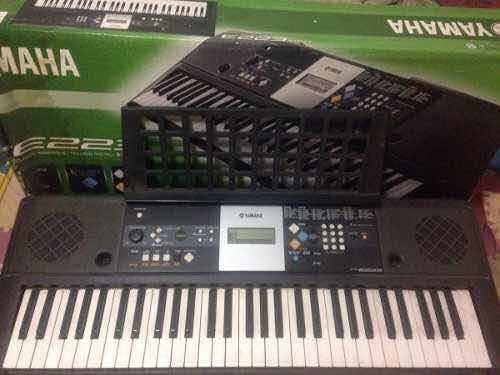 Teclado a músical ò piano yamaha original
