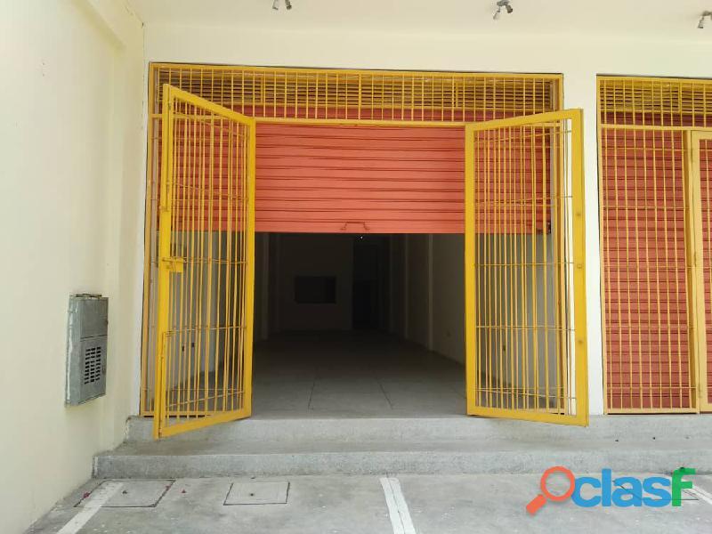 Se alquila local comercial de 110 m2 en guacara, calle ricaurte. negociable