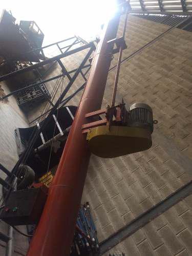 Elevador o bazooka para granos o alimento animal