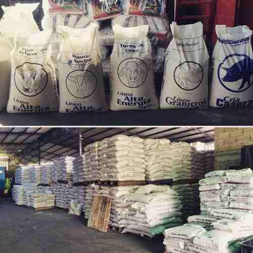 Mezcla base alimento de cerdos, cochinos saco de 40 kilos