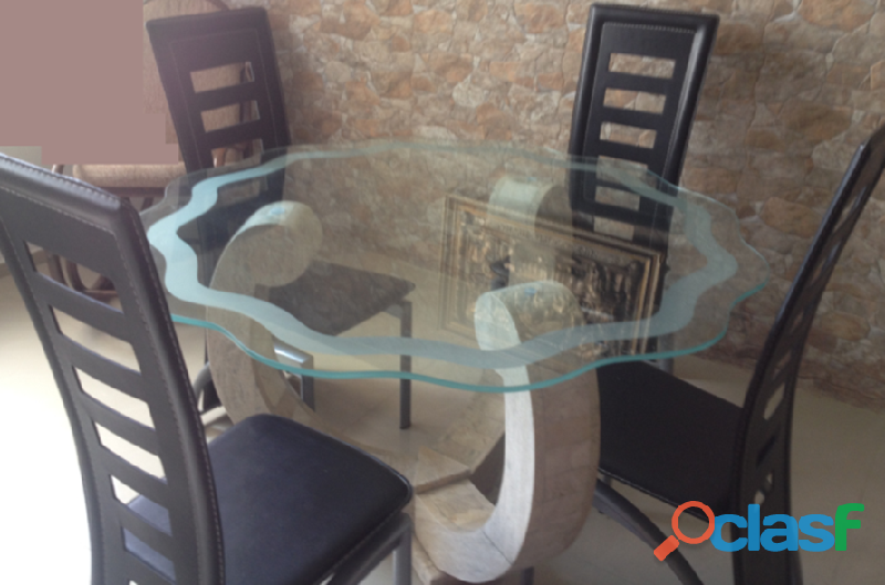 Juego de comedor con mesa de mármol