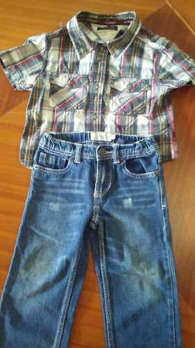 Camisa tommy hilfiger, pantalón jeans epk para niños.