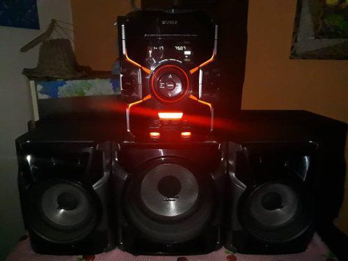 Equipo de sonido sony bass bazuca (140 verdes)