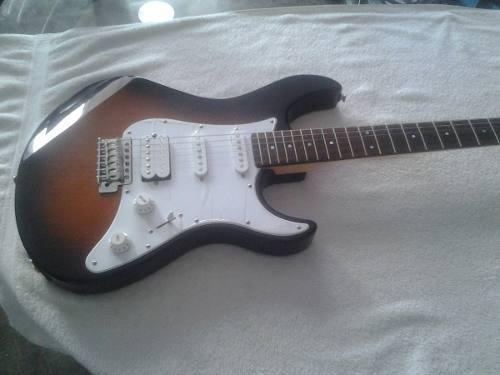 Remato oferta guitarra electrica yamaha pacific