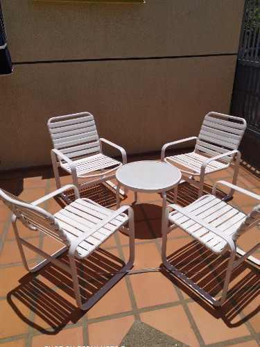 Juego sillas mesa piscina playa jardin