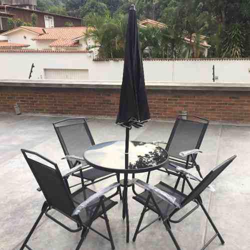 Juego sillas y mesa con sombrilla