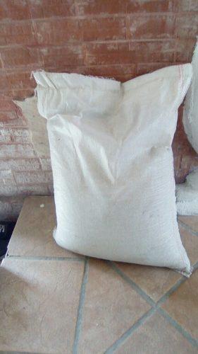 Alimentos para cochino y alimentos para ganado, casero