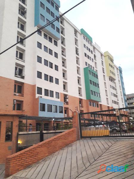 Apartamento en Conj. Resd. Tazajal Suite, Naguanagua