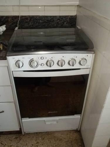 Cocina 4 hornillas de gas con encendido eléctrico indurama